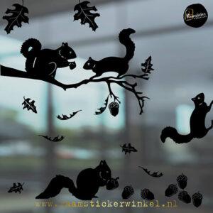 Raamsticker Eekhoorns herfst winter herbruikbare vinyl